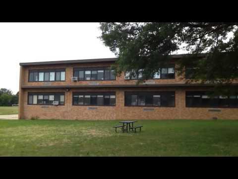 Lakeside school walking tour park 2