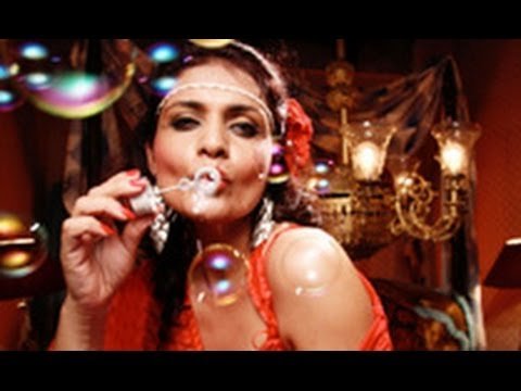 'Miss Lovely' Full Movie Review | Hindi Movie Latest News | Nawazuddin, Niharika, Anil George