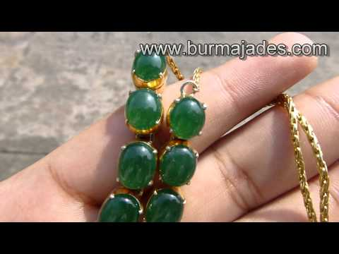 0 Glassy High Color Jade Necklace
