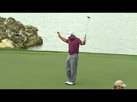 Graeme McDowell drains great eagle at Arnold Palmer