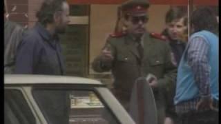 Čo dokáže ulica - Policajt
