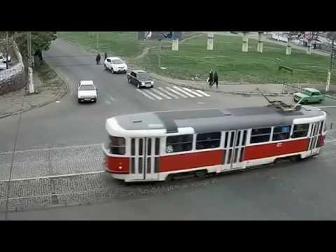 FUNNY DRIVERS, EPIC FUNNY DRIVING FAILS COMPILATION !!!