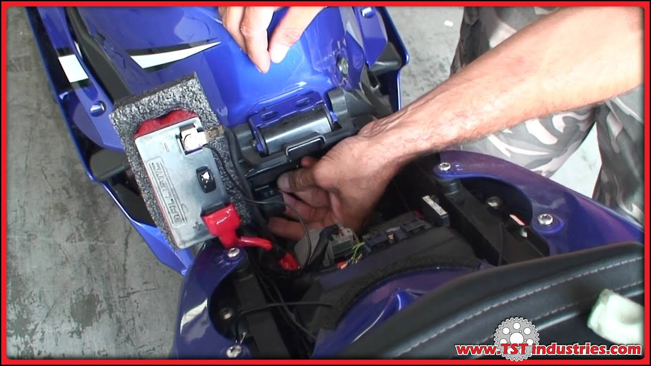 2007 Yamaha R6 Fuse Box Location : Yamaha r led flasher relay installation diy