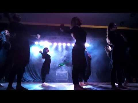 Ministério de Coreografia Restaurar no Festival de Dança Gospel de Bagé RS dançando Quebrantado
