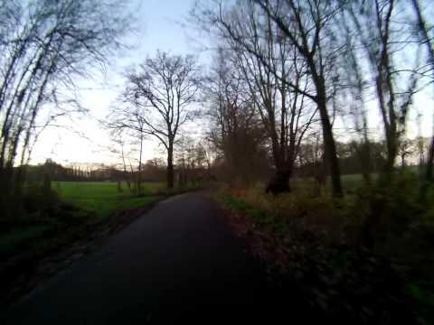 Hình ảnh trong video Fietsen van Veenendaal via Scherpenzeel naar