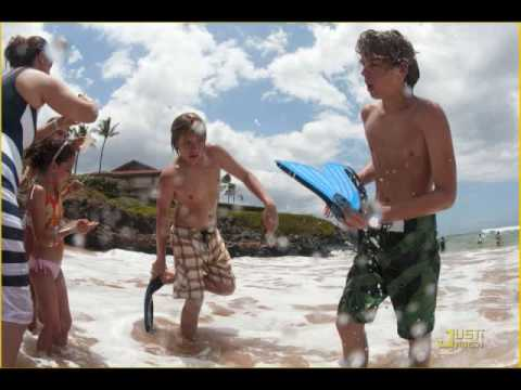 (18) Gallery Images For Dylan And Cole Sprouse Shirtless 2012