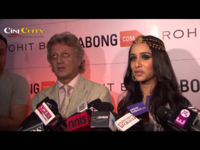 Jabong Fashion Ramp Walk By Rohit Bal | Shraddha Kapoor