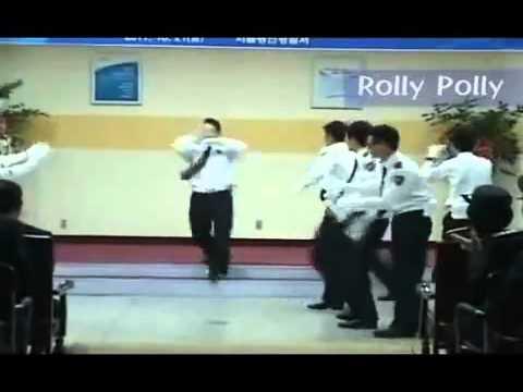 Cảnh sát Hàn Quốc nhảy Roly Poly   Video clip hài