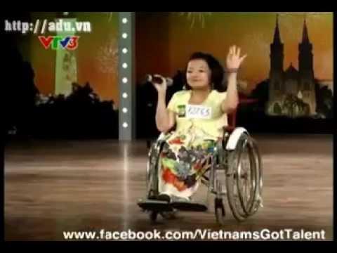 Cô bé xương thủy tinh Vietnam's Got Talent Tập 9 - Nguyễn Thị Phương Anh - Let's Dance
