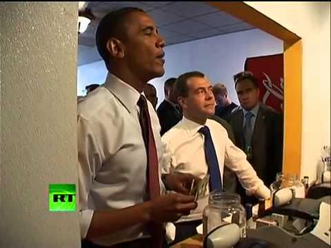 Tổng thống Mỹ đi ăn hủ tiếu gõ cùng Tổng thống Nga