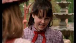 Samantha: An American Girl Holiday 1/8