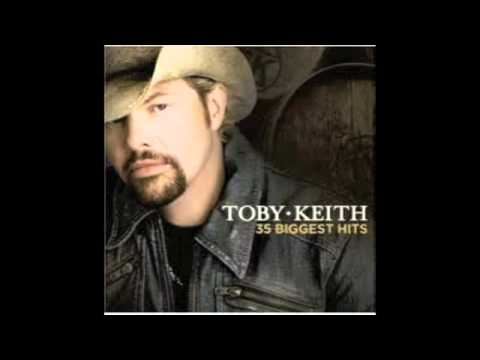Toby Keith Pretty Good At Drinking Beer