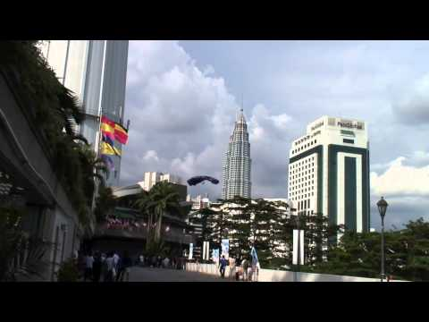 BASE Jumping First? Zip Line landing at the KL Tower