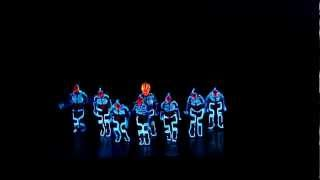 Amazing Tron Dance performed by Wrecking Orchestra..