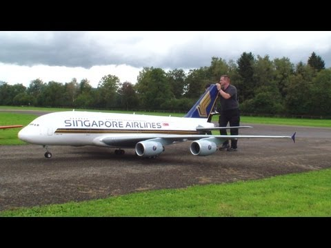 Ferngesteuert Gigantic A-380 Singapore Airlines Schlemmer Michael Hausen am Albis 2013