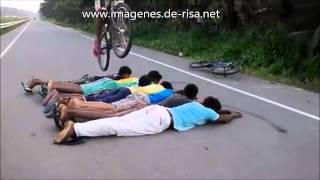 Caidas y Golpes en Bicicleta