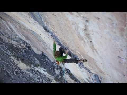 Arnaud Petit escalando