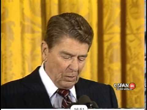Ronald Reagan calls for release of Nelson Mandela, end of apartheid in '86