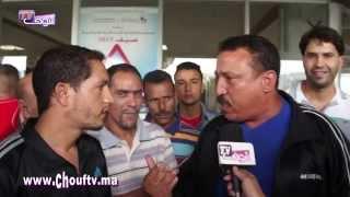 بالفيديو نقاش حاد بمحطة ولاد زيان حول أثمنة التذاكر | خارج البلاطو