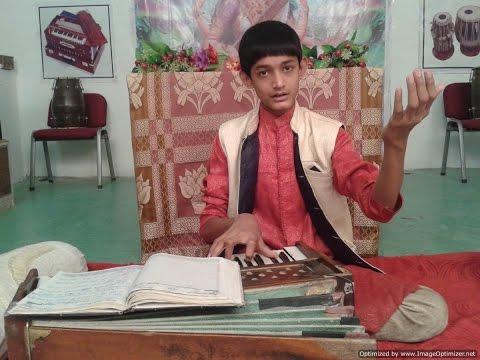 Nagma on Harmonium (Raga Kirwani-Tritaal Madhya laya-Pehli Kali-C# )