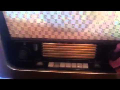Radio Telefunken Antigua a Válvulas Knk