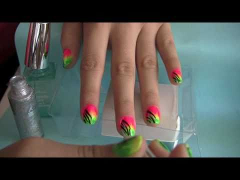 Rave & bLaCk LiGhT  (Rasta) Nail Design,