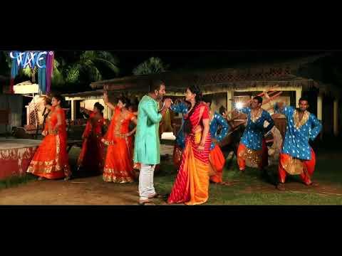 Pawan Bhaiya and akshara Singh ji Ka bhakti sabse hit song 2017