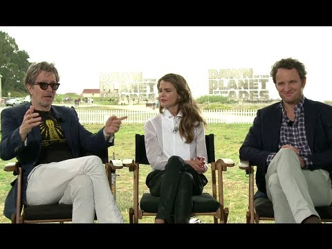 Gary Oldman Keri Russell & Jason Clarke Interview - Dawn of the Planet of the Apes (2014) HD