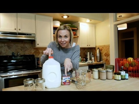 How to Make Homemade Coffee Creamer