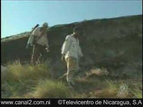 - NICARAGUA  VOLCAN MOMOTOMBO