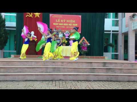 Múa quạt Hồn Quê THPT Lục Ngạn 3