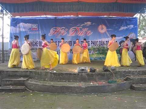 mua bai hon que hong ki yen the bac giang2012