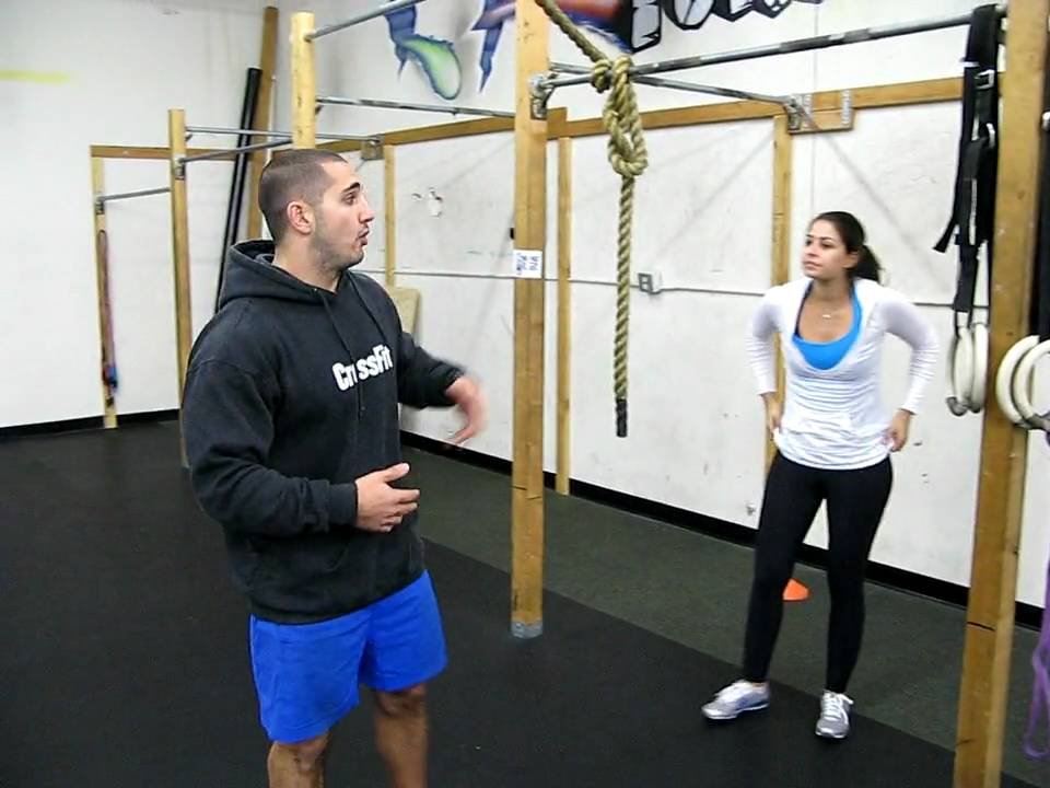 Teaching The Kipping Pull Up with Jason Khalipa - YouTube