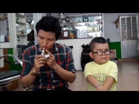 Trời.............Ku Tin hút thuốc lá có hai sk chú Huy Nguyễn Ảo Thuật biến mất thuốc đi..