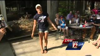 Reporter Accidentally Splits Pants Doing A Toe Touch On