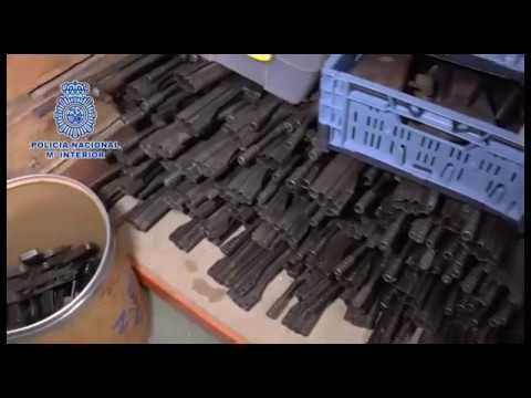 إسبانيا: ضبط شحنة كبيرة من الأسلحة الحربية ضمنها قذائف ورشاشات مضادة للطائرات