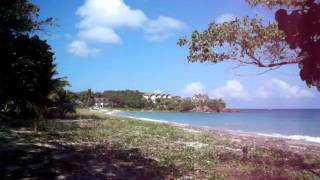View of Paya Bay Resort from the road - Courtesy of OceanIslandTravel.com