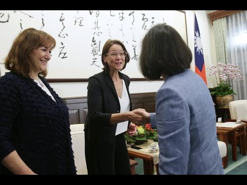 President Tsai meets multi-party delegation from European Parliament
