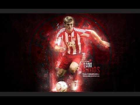 Toni Kroos ● Great Longshots Amazing ● Best Goals HD