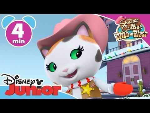 Sheriff Callie | The Christmas March | Disney Junior UK