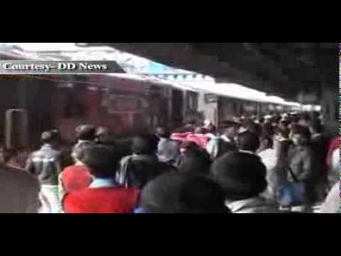 Railways to run special trains to clear festive rush