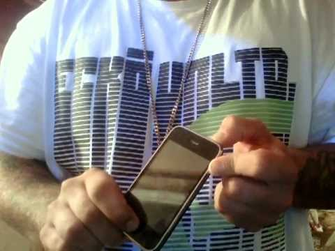 how to turn on iphone when it wont turn on