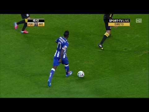 Silvestre Varela skill vs FC Arouca - HD 1080i [SwagSkills]