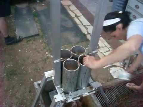Homemade briquette press / racna presa za briketi