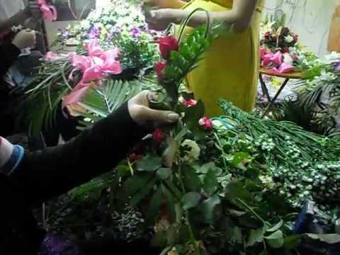 dạy làm hoa cưới - tai xe cưới