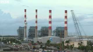 [Power plant demolished in Florida]