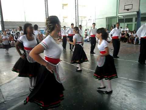 Semana M.M.O. - Dança Portuguesa 2°E