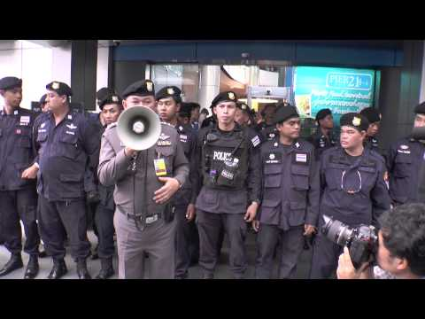 Bangkok (Thailand) 01-06-2014 Protest at Terminal 21