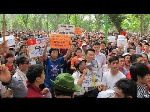 Biểu tình chống Trung Quốc lớn nhất ở Hà Nội sau nhiều năm