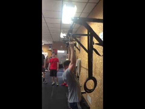 Rob Does 10 Eagle loop pull Ups, Setting A Gym Record Which Lasted Three Hours